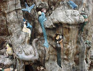 Elfin Oak - Image: Kensington Gardens Elfin Oak Detail