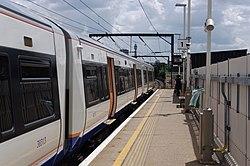 Kentish Town West railway station MMB 03 378213.jpg