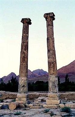 Columns of Khurheh Fire temple