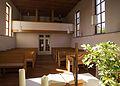 Kirche Rassdorf Altar Sitzreihen.jpg