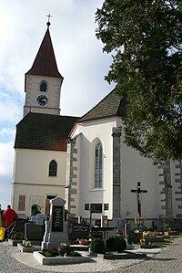 Kleinzell Kirche - Außen 1.jpg