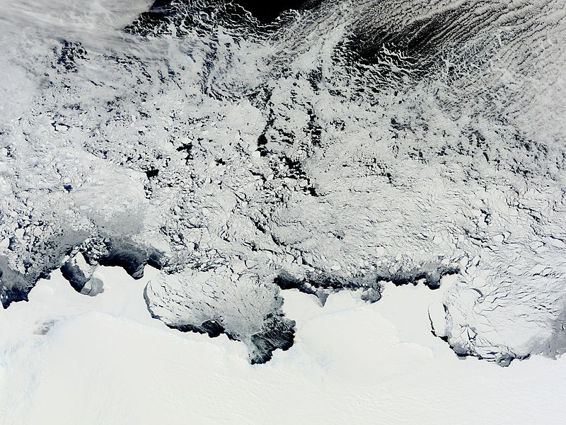 Файл:Knox, Budd and Sabrina Coasts, Antarctica.jpg
