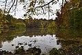 L'étang de la Longue Queue sous un ciel couvert (22670581352).jpg