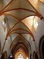 La Roche-Derrien (22) Église Sainte-Catherine Intérieur 02.JPG