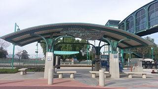 Riverside–La Sierra station