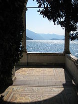 Lake Como from Varenna 03.jpg
