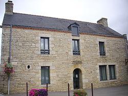 Larré - mairie.JPG