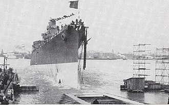 USS Dayton (CL-105) - Image: Launching of USS Dayton (CL 105) at the New York Shipbuilding Company on 19 March 1944 (NH 45501)