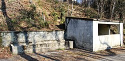 Lavoir de Castéra-Lanusse (Hautes-Pyrénées) 1.jpg