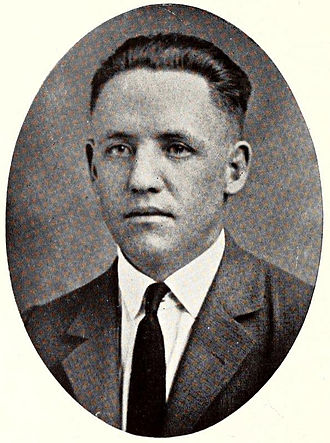 Lester Barnard - Barnard pictured in The DeSoto 1923, Memphis yearbook