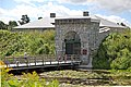 Lieu historique national du Canada du Fort-Lennox, portal principal par le pont.jpg
