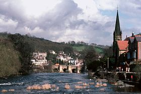 Llangollen River Dee Bridge.jpg