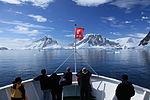 M S Expedition in Penola Strait, Antarctica (6060338391).jpg