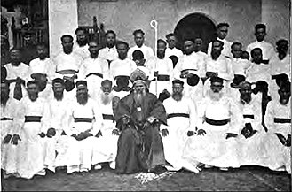 Mar Thoma Syrian Church - Thomas Mar Athanasius Metropolitan of Malankara with Kattanars and Deacons of the Reformist faction 1877
