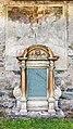 Maria Saal Pfarrkirche Mariae Himmelfahrt Apsis Grabstätte und Kreuzigungsfresko 30062017 0017.jpg