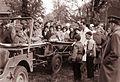 Mariborska šolska mladina je obiskala vojašnico Franc Rozman Stane 1960 (2).jpg