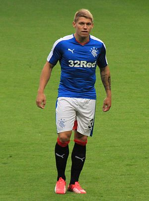 Martyn Waghorn - Waghorn playing for Rangers in 2015