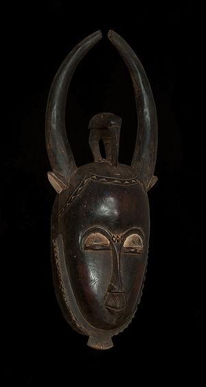 Baoulé people - A Baoulé mask