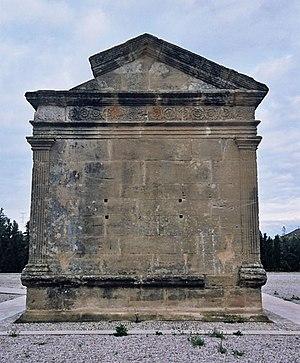 Roman mausoleum of Fabara - Image: Mausoleu de Favara 3