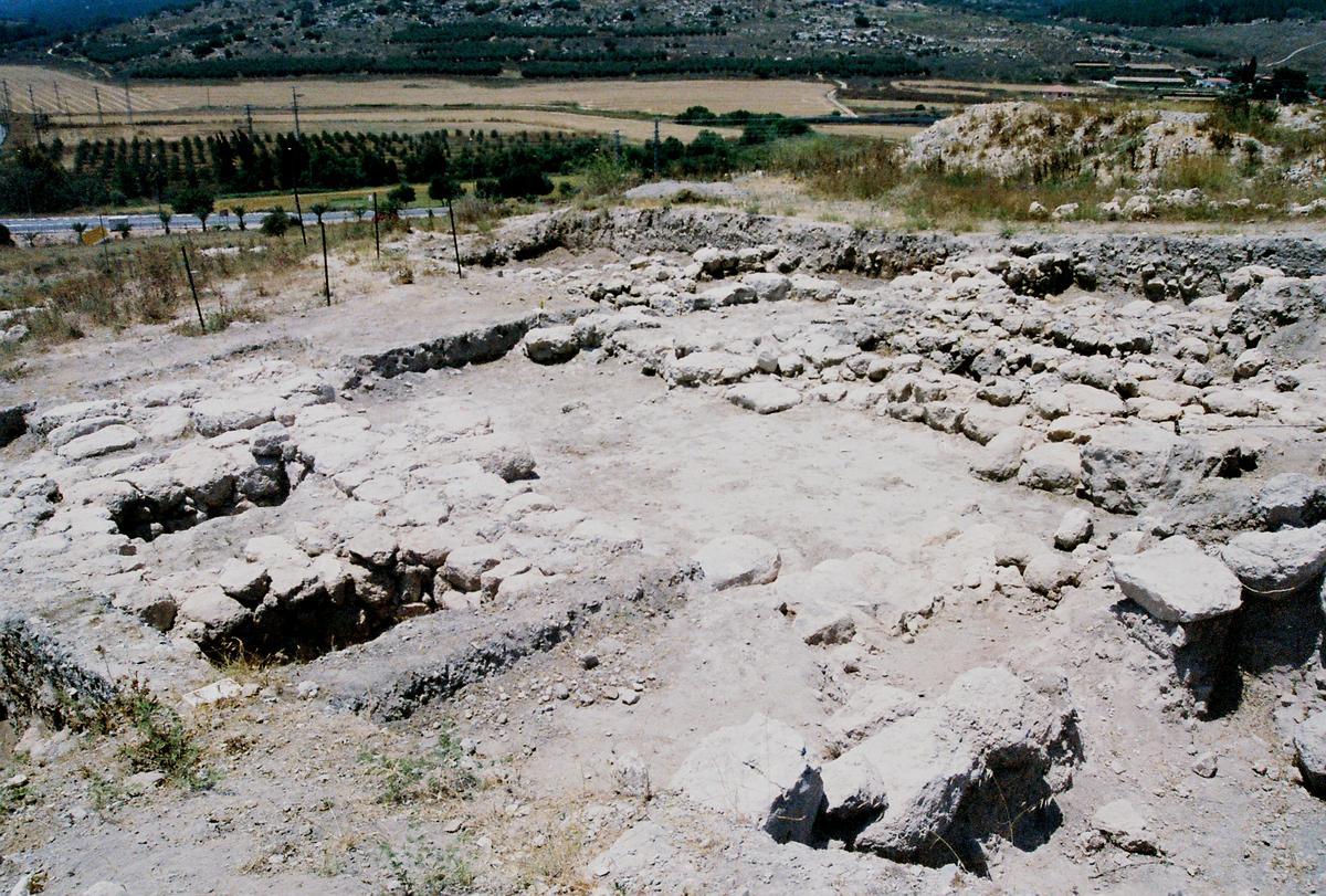The Rock At Beth Shemesh: תל בית שמש