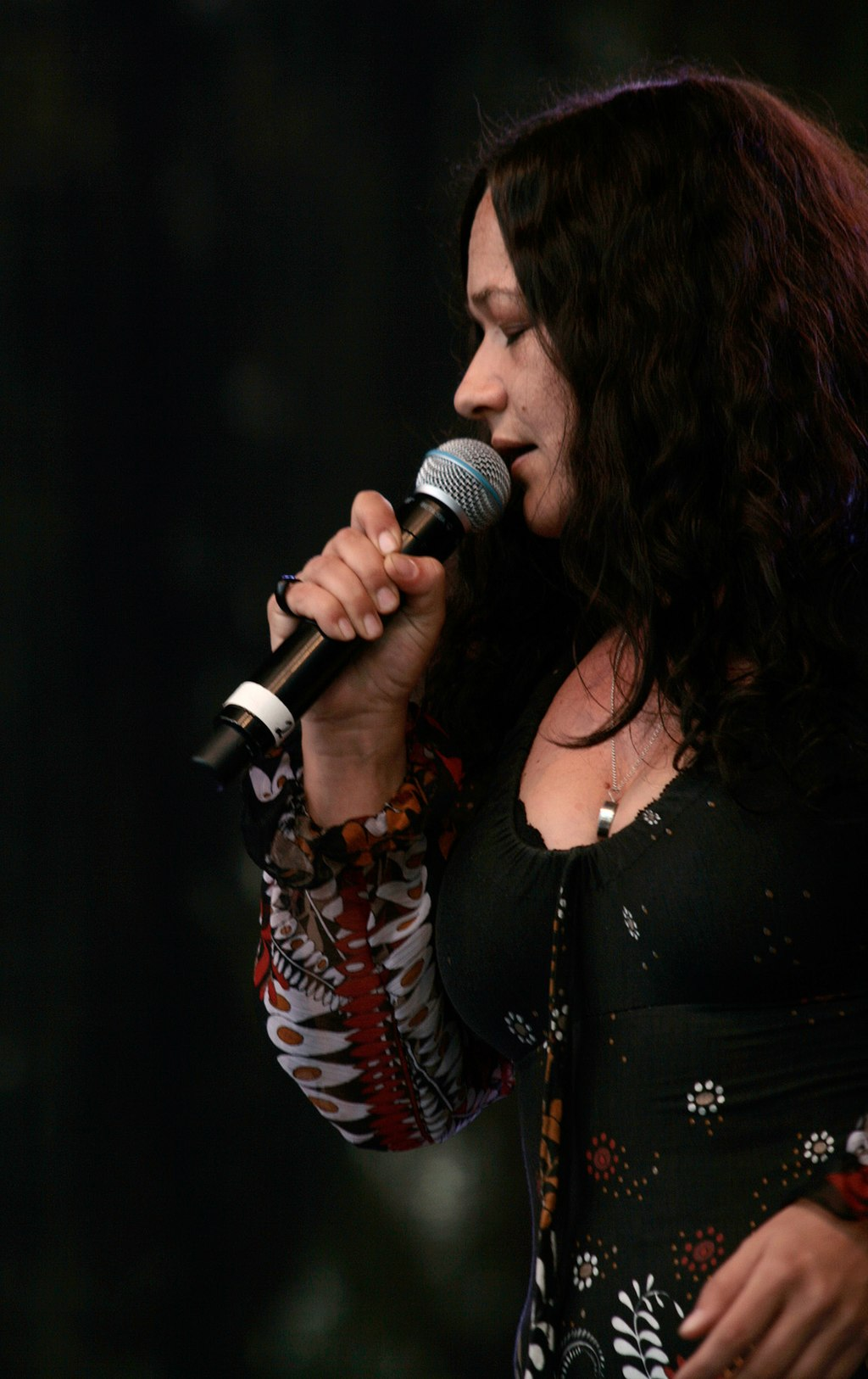 Meena cryle in concert with claudia k 39 s woodstock for Barbara karlich wiki