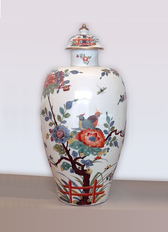 Filemeissen Hard Porcelain Vase 1735 Retouchedg Wikipedia
