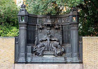 memorial in London to Queen Alexandra of Denmark
