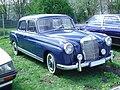 Mercedes-Benz 220 S.jpg