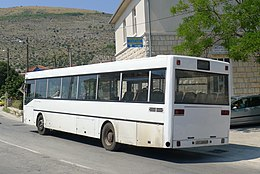 Mercedes O405 Split-rear.jpg