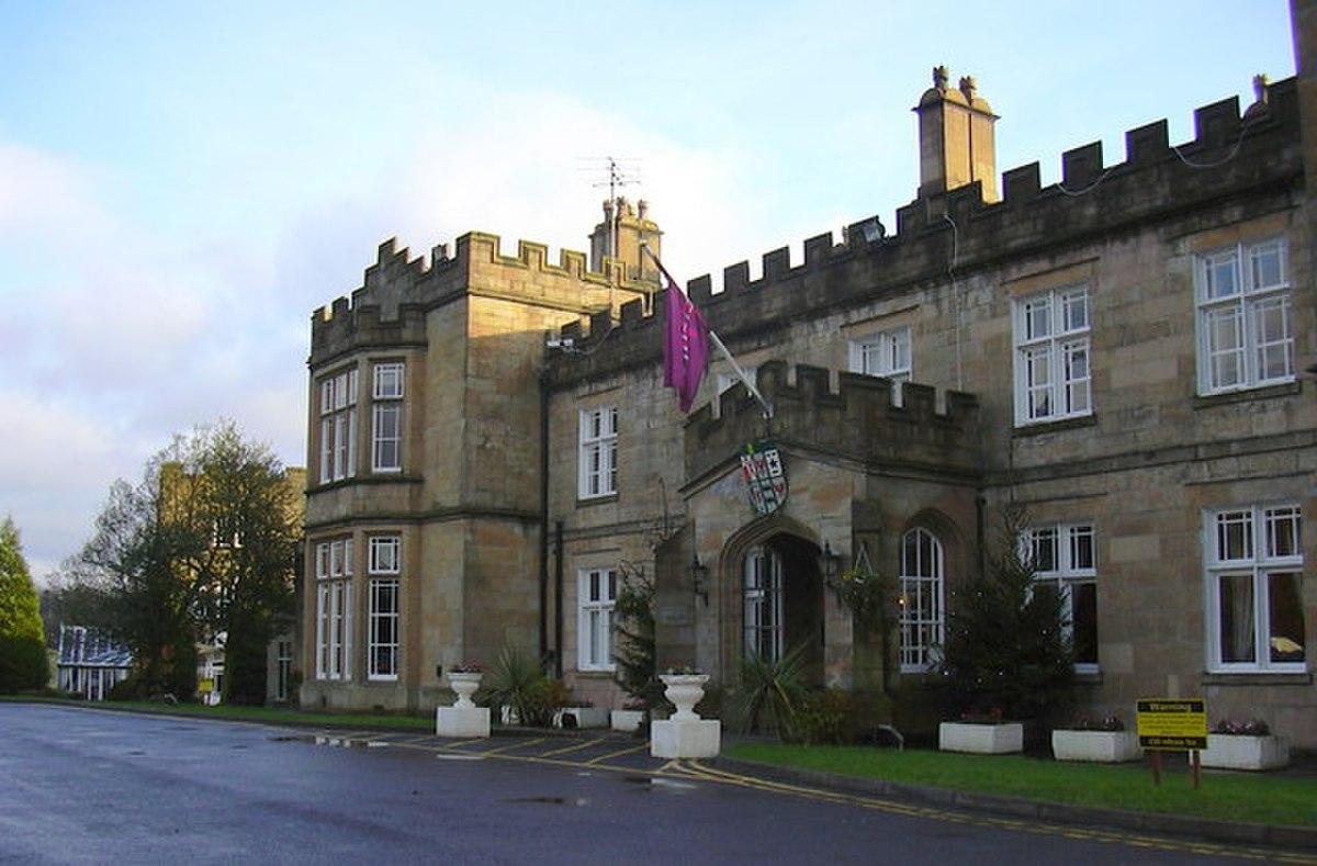 Mercure Dunkenhalgh Hotel and Spa. Blackburn Road. Clayton Le Moors. Lancashire. BB5 5JP - geograph.org.uk - 1601291.jpg