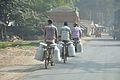 Milkmen - National Highway 34 - Sargachi - Murshidabad 2014-11-11 8719.JPG