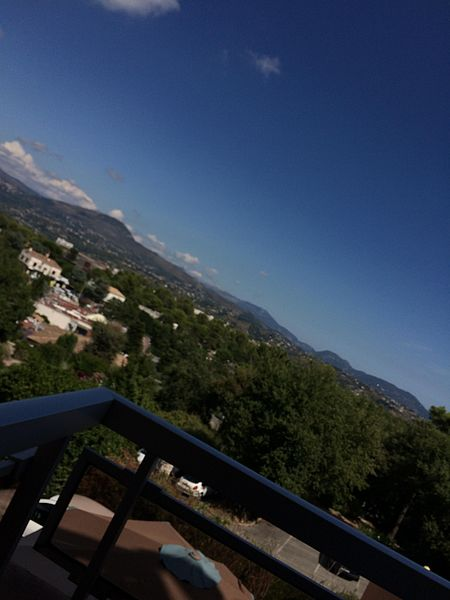 De la vue de la chambre de l'hôtel du Baou à La Gaude