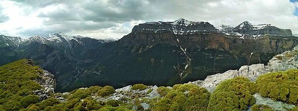 Mondarruego desde Cresta de Diazas.jpg