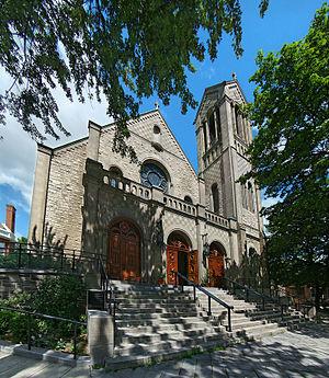 Church of Saint-Léon-de-Westmount - Image: Montreal St Leon 1 tango 7174