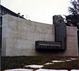 monument à Edgar Quinet