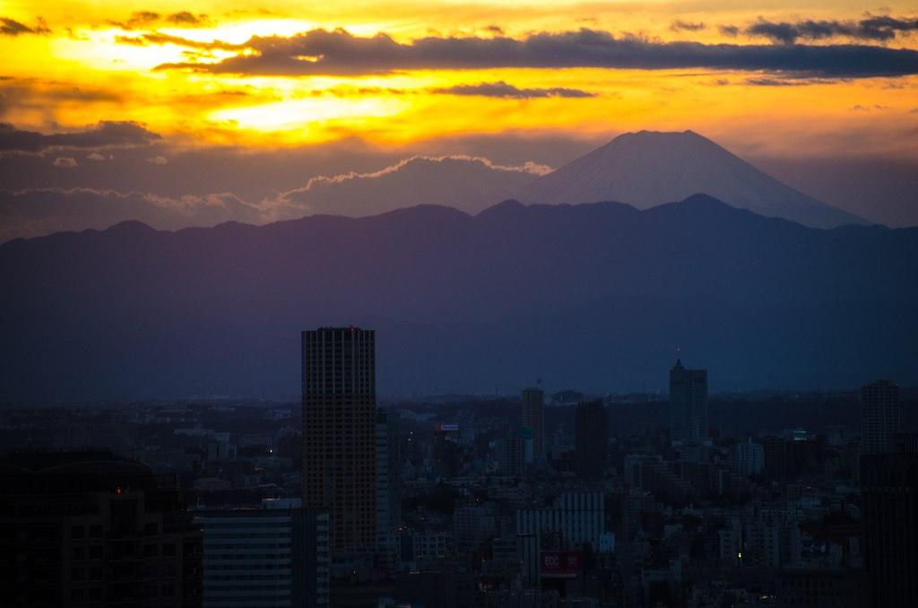 Mt. Fuji from Tokyo Tower - panoramio.jpg