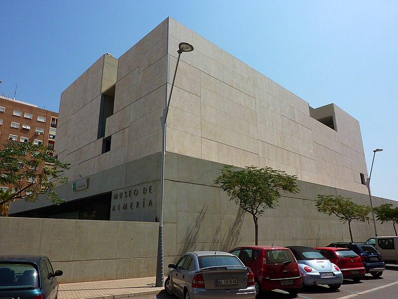 https://upload.wikimedia.org/wikipedia/commons/thumb/2/22/Museo_de_Almería.JPG/800px-Museo_de_Almería.JPG