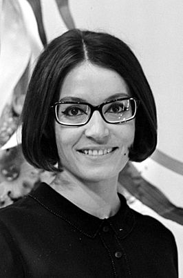 Nana Mouskouri in 1966