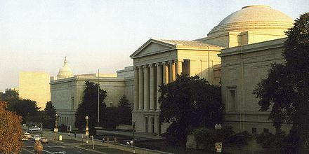 The West building (1941) of the National Gallery of Art in Washington, with the East Building (1978) and the United States Capitol visible behind and to the left NatGal.jpg