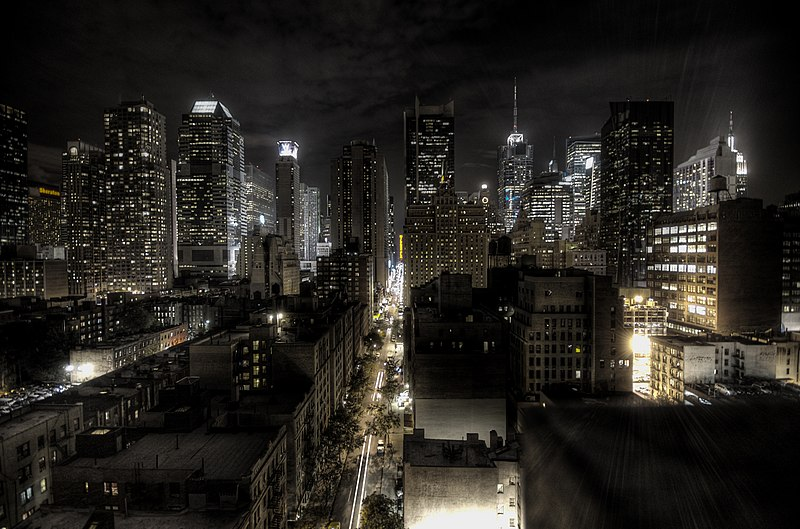 Grafika:New York City at night HDR.jpg