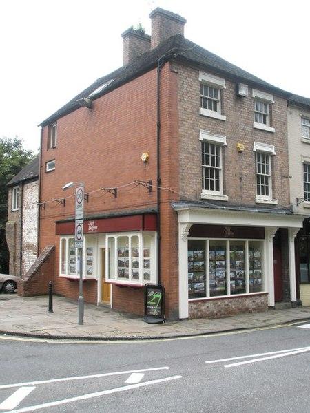File:Nock Deighton in Ironbridge High Street - geograph.org.uk - 1463346.jpg