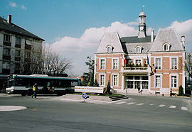 Noisy-le-grand city hall.jpg