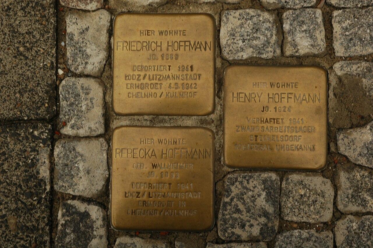 Norderney Stolperstein Hoffmann - Bismarckstrasse 4.jpg