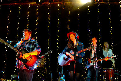 Picture of a band or musician: Of Monsters And Men
