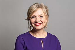 Official portrait of Tracy Brabin MP crop 1