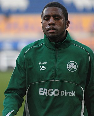 Olivier Occéan - Occéan warming up with Fürth in 2012
