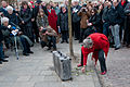 Onthulling moument Bagage by Ram Katzir (Leiden).jpg