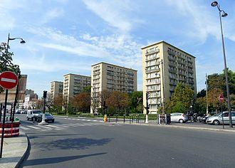 Cours de Vincennes - Image: P1050324 Paris XII porte et cours de Vincennes rwk