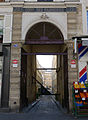 P1250173 Paris XI rue JPTimbaud n70 cour Fabriques rwk.jpg