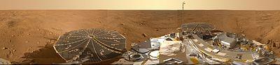 PIA13804-MarsPhoenixLander-Panorama-20080525b